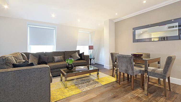 Stylish living area in Ashburn Court Apartments