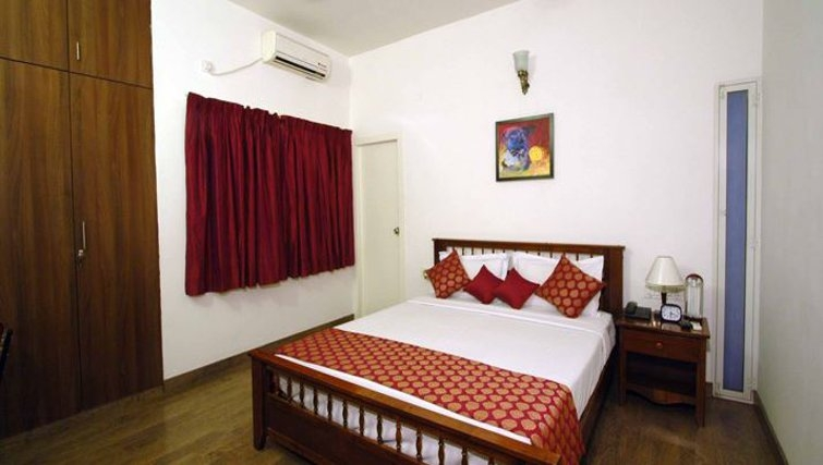 Comfortable bedroom in 535 Koramangala Apartments