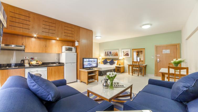 Gorgeous studio apartment at Golden Sands Apartments
