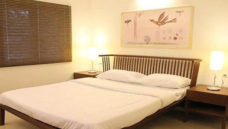 Cosy bedroom in Kotturpuram Apartments