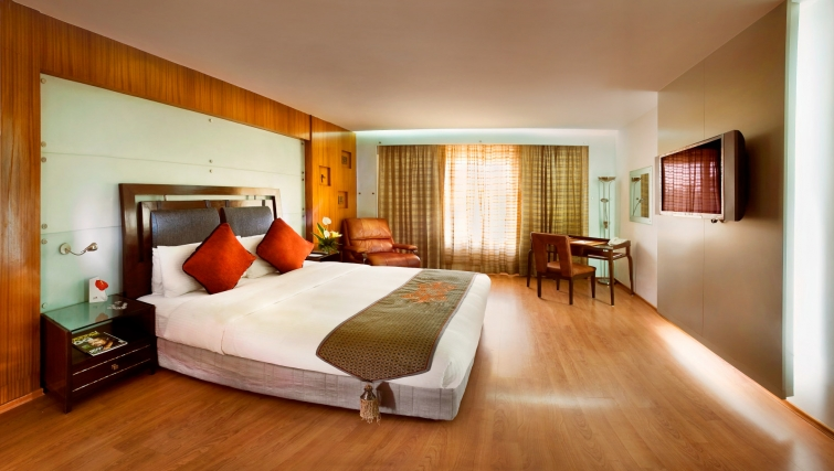 Delightful bedroom in The Lalit Mumbai Apartments