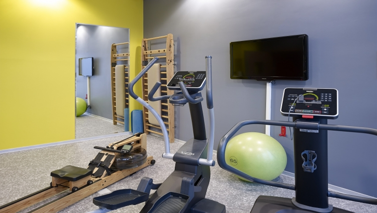 Equipped gym in Adagio Koln City