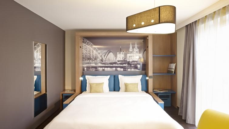 Attractive bedroom in Adagio Koln City