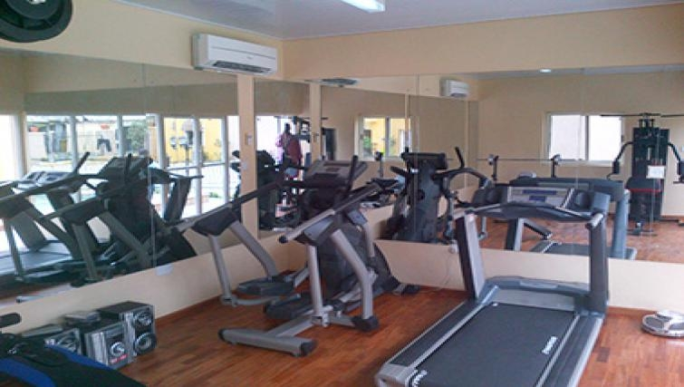 Equipped gym in Aart Suites