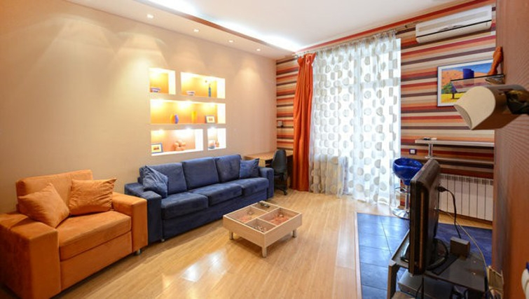 Cosy living area in Basseynaya Apartment