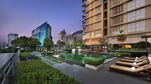 Gorgeous pool in Marriott Executive Apartments Sathorn Vista - Bangkok