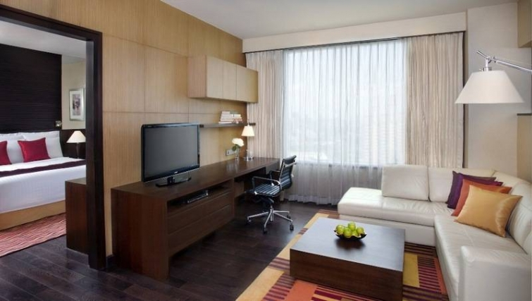Contemporary living area in Marriott Executive Apartments Sukhumvit Park - Bangkok