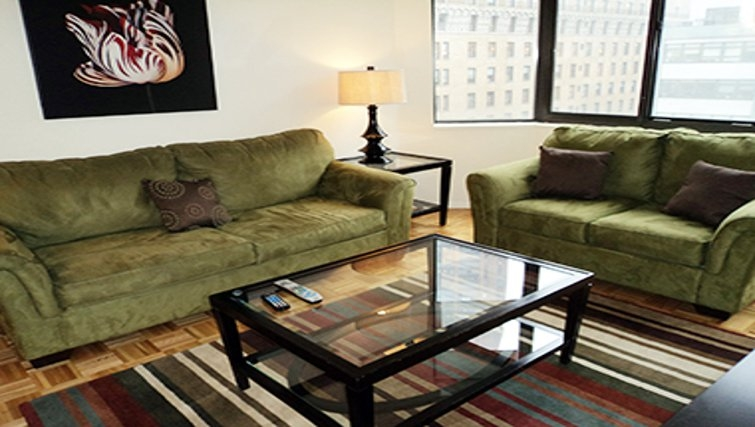 Relaxing living area in Windsor Court Apartments