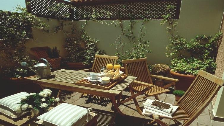 Beautiful communal gardens in The Kefalari Suites