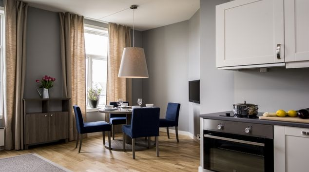 Classy dining area in Oscargate Apartments