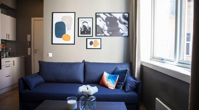 Living room at Arbinsgate Apartments
