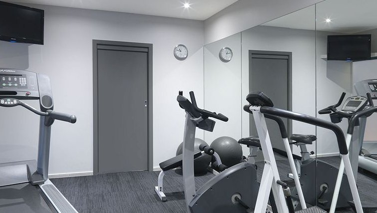 Practical gym in Adina Apartment Hotel Melbourne, St Kilda