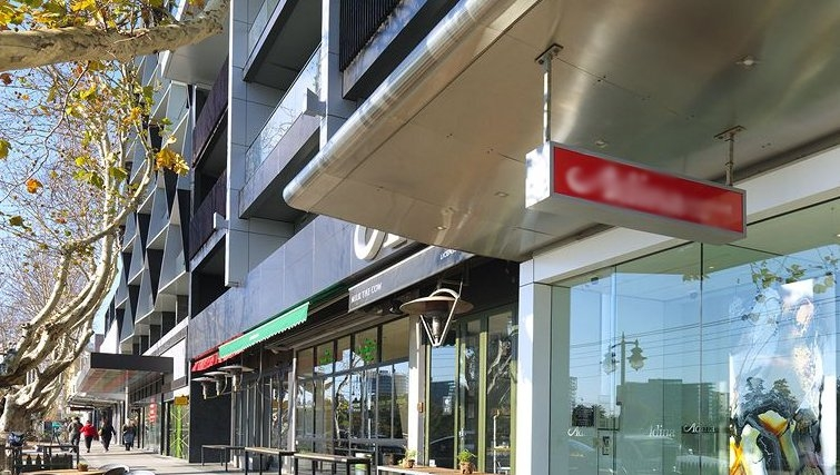 Charming exterior of Adina Apartment Hotel Melbourne, St Kilda