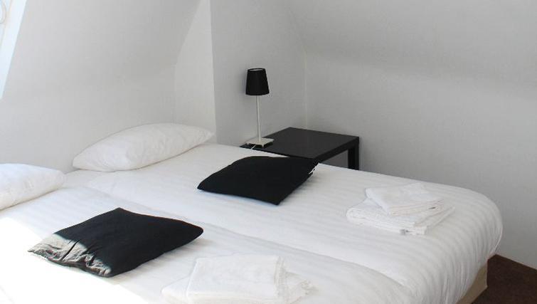 Cosy bedroom in Valkstraat Apartment