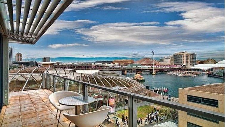Balcony at Adina Apartment Hotel Sydney, Darling Harbour