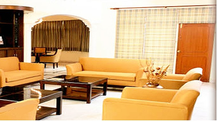 Bright living area in Pinnacle Apartments Gurgaon