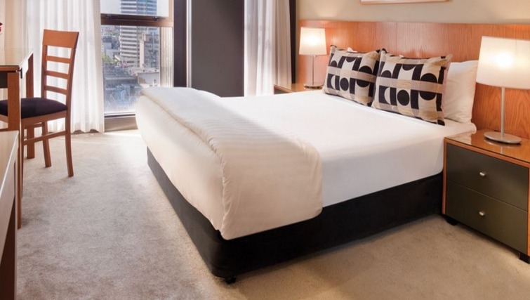 Modern bedroom in Adina Apartment Hotel Melbourne