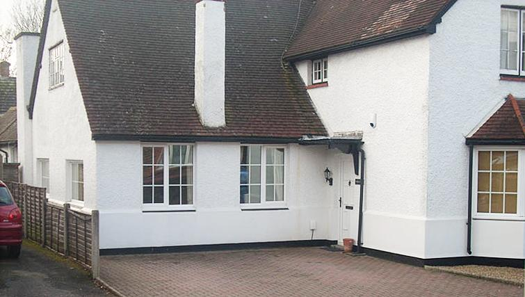Welcoming exterior of 1 Farm Cottage