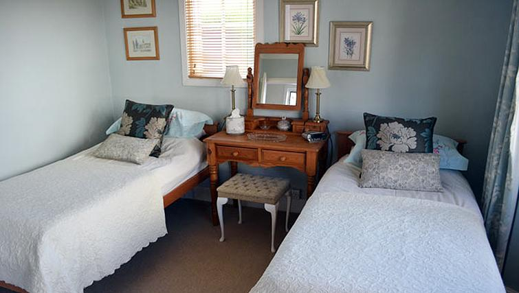 Comfortable bedroom in 1 Farm Cottage