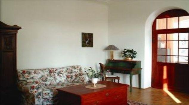 Charming living area in Villa Ulenburg Apartment