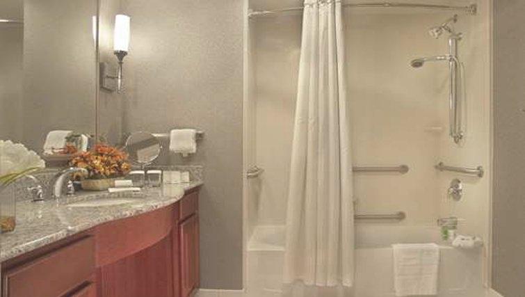 Immaculate bathroom in Homewood Suites Palm Beach Gardens