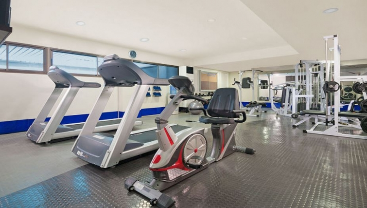 Gym in Somerset Olympia Apartments