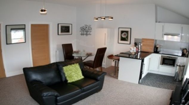 Outstanding living area at Bold Street Apartment