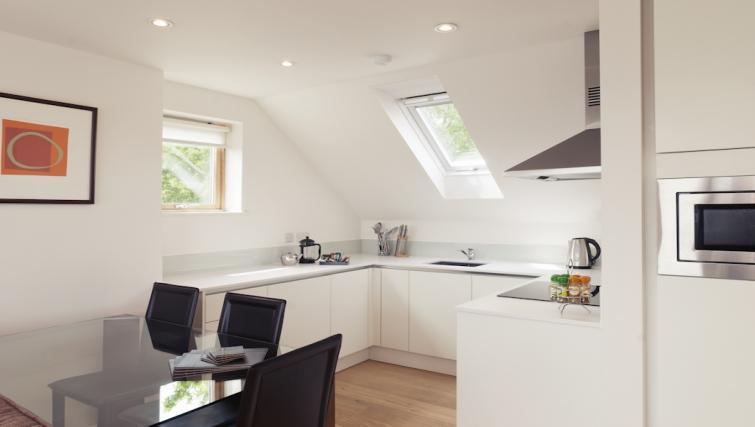 Crisp kitchen at Cambridge Place Apartments