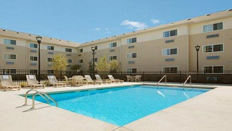 Serene pool at North Charleston Apartments