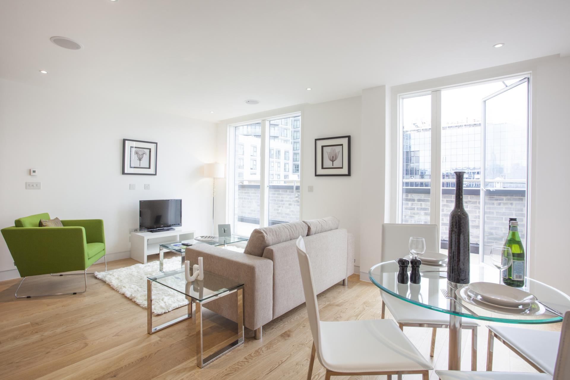 Dining table at London Square Apartments