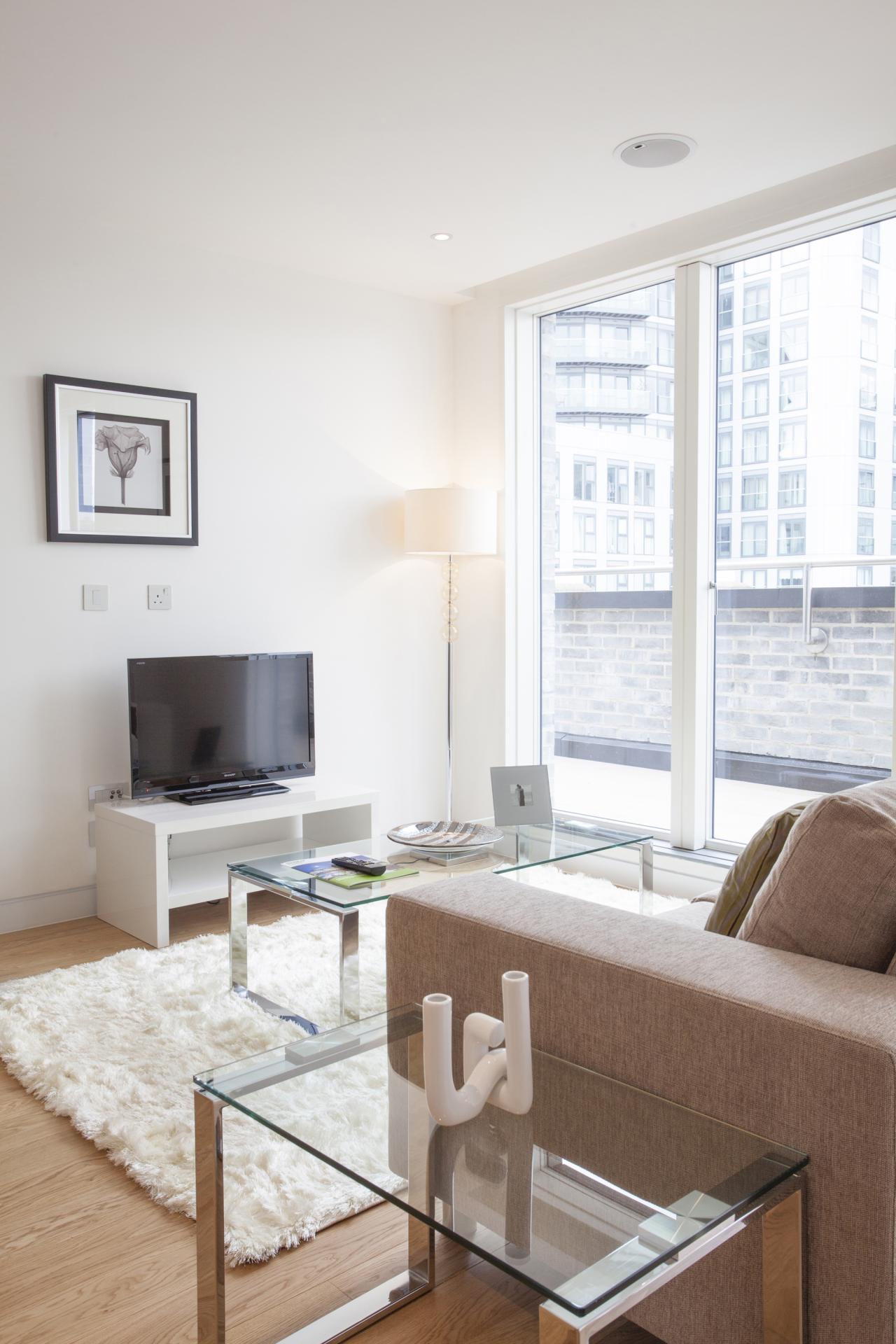 TV at London Square Apartments