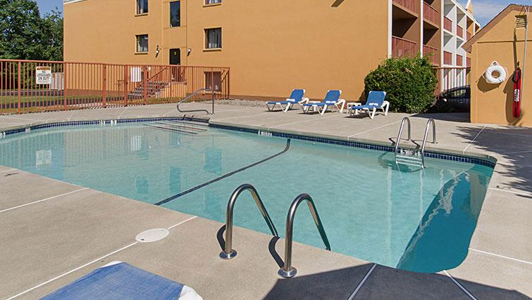 Pool at Worcester Apartments