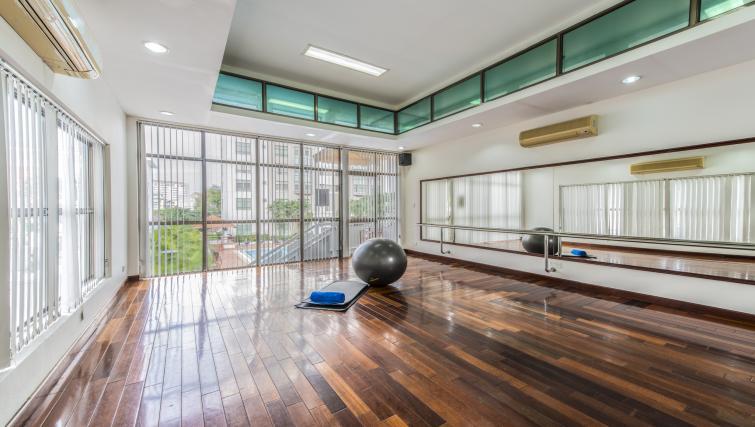 Gym at Somerset Ho Chi Minh Apartments