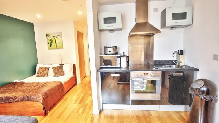 Gateway Apartments, Leeds, UK - SilverDoor