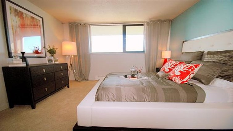 Bedroom in Harbor Steps Apartments