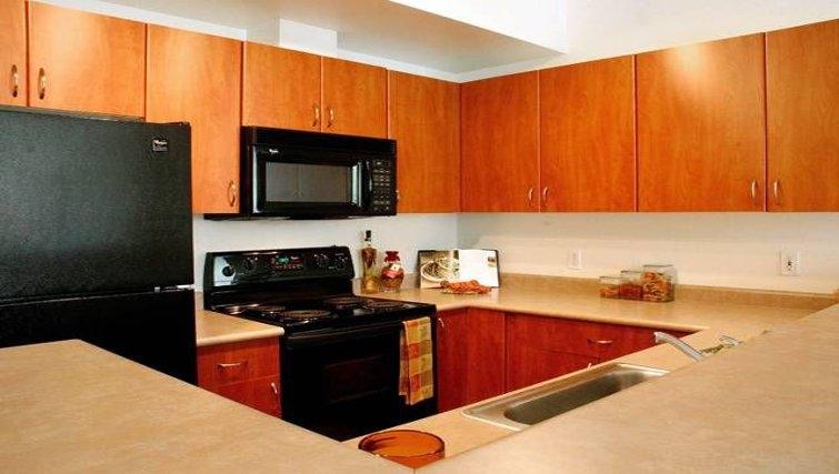 Practical kitchen in Avalon Towers Bellevue
