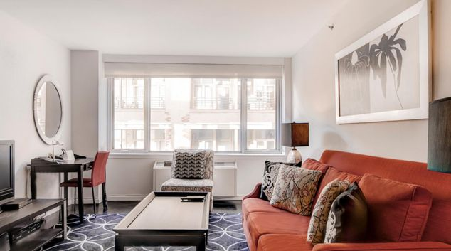 Living area at West 21st Street Chelsea Apartments, Flatiron, New York
