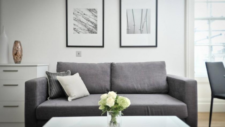 Stylish living area in St Andrew Square Apartments