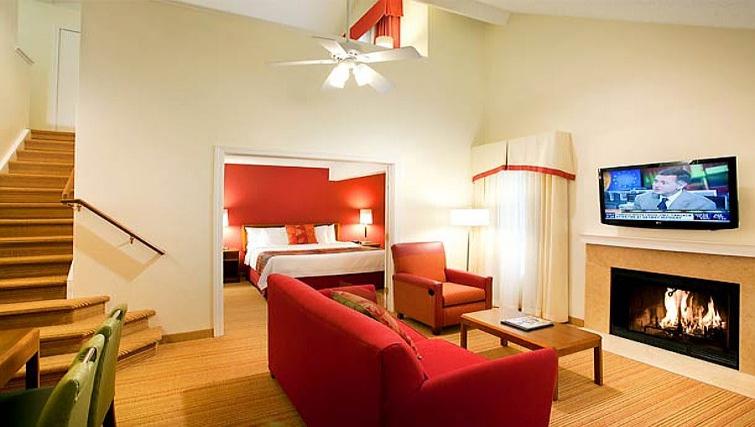 Vibrant living area in Residence Inn Boulder