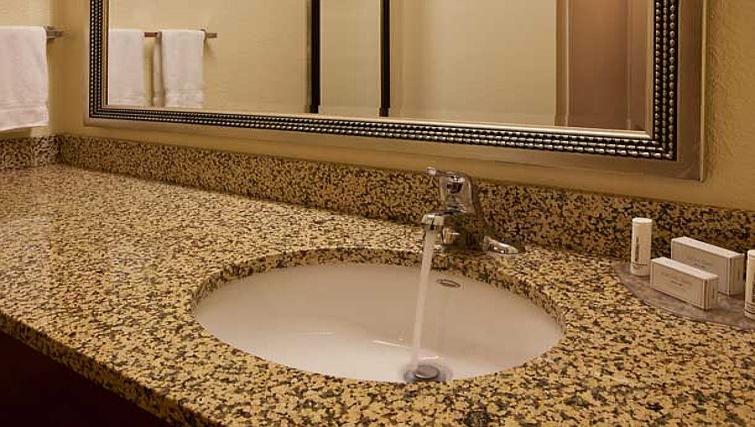Ideal bathroom in Residence Inn Boulder