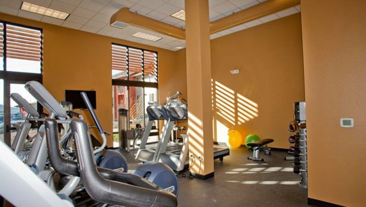 State-of-the-art gym in Discovery Heights Apartments