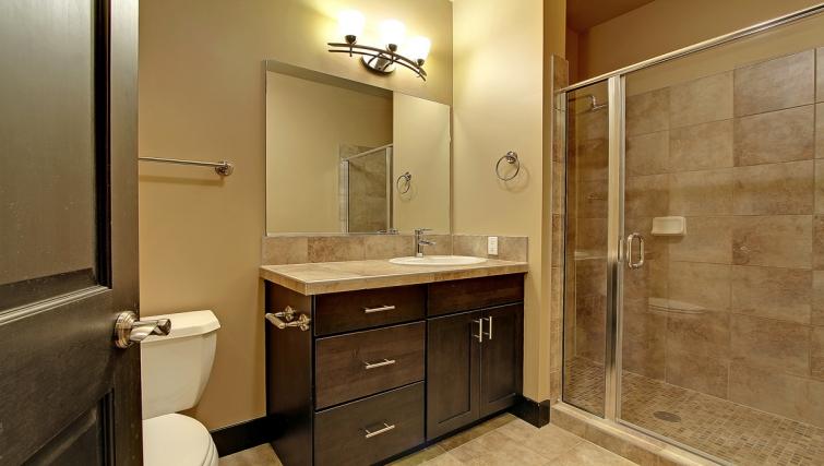 Modern bathroom in Bentley House