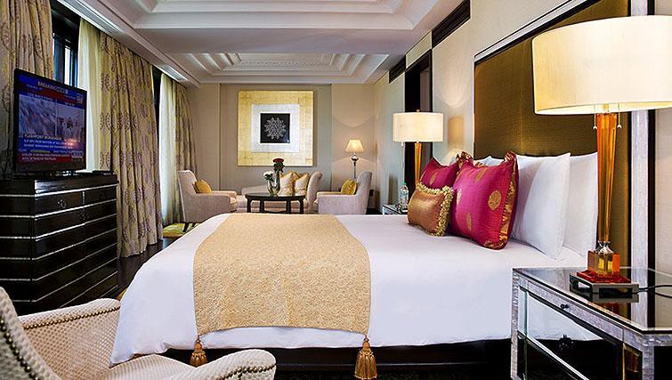 Master bedroom at The Leela Palace Chennai Apartments