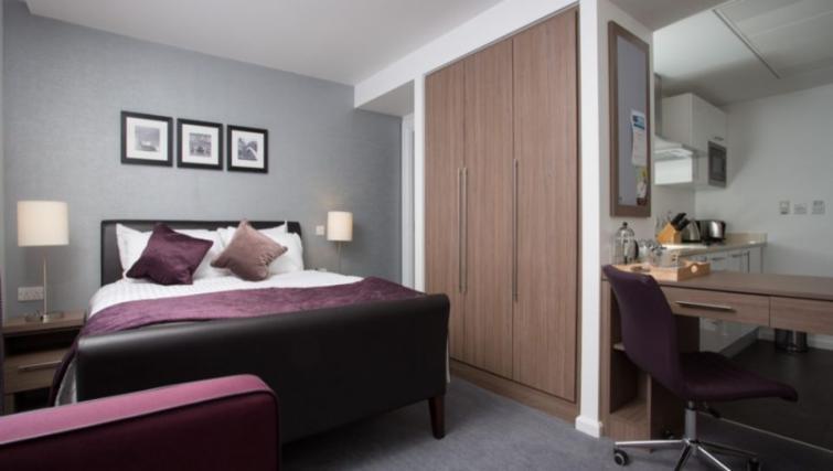 Stylish bedroom in Staybridge Suites Birmingham