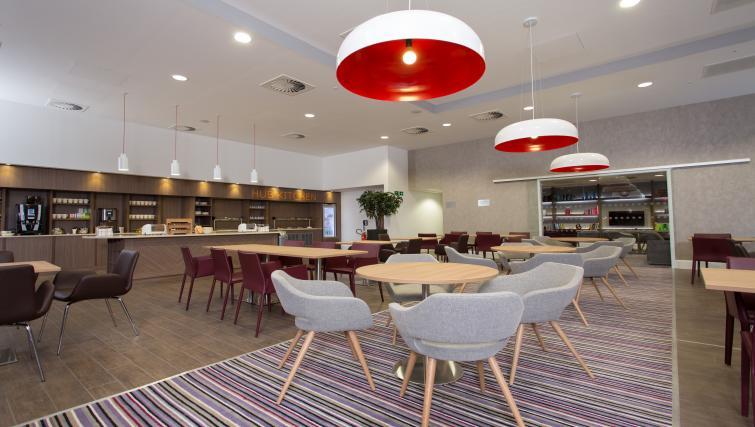 Lounge in Staybridge Suites Birmingham