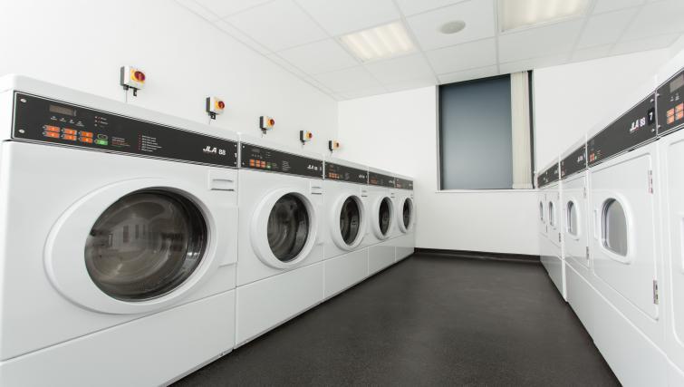 Laundry room in Staybridge Suites Birmingham