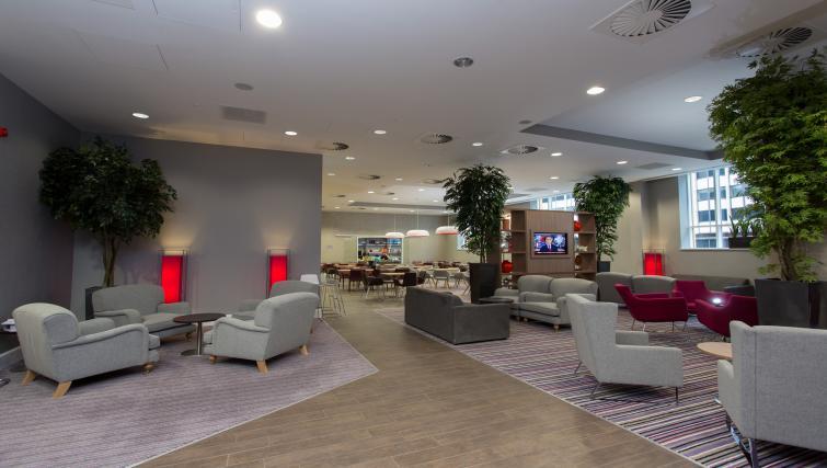 Spacious communal lounge at Staybridge Suites Birmingham