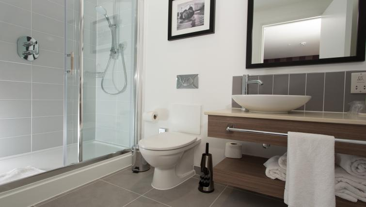 Bathroom in Staybridge Suites Birmingham