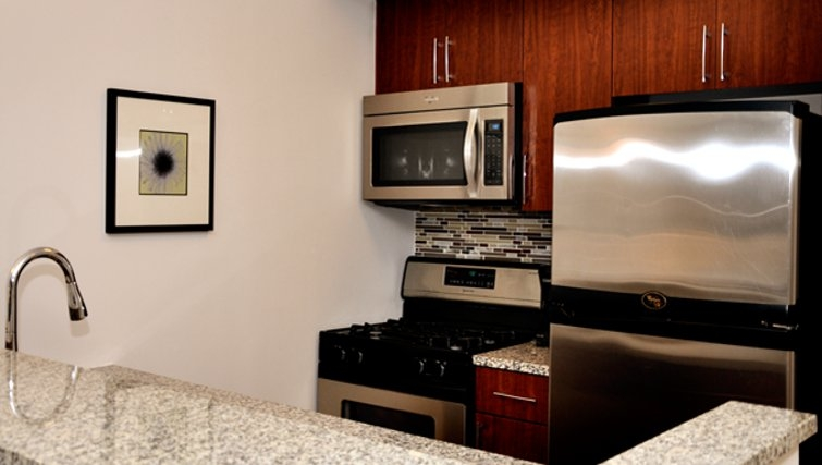 Ideal kitchen in 120 West 21st Street Apartments