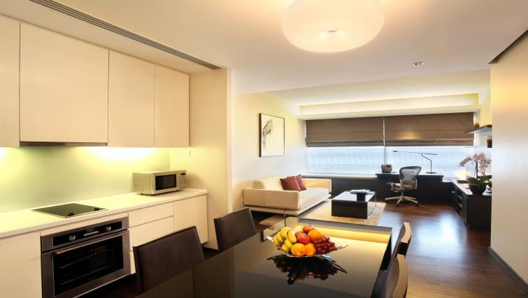 Dining space at Pan Pacific Serviced Suites Orchard, Singapore